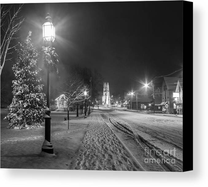 Black And White Canvas Print featuring the photograph Brunswick Maine by Benjamin Williamson