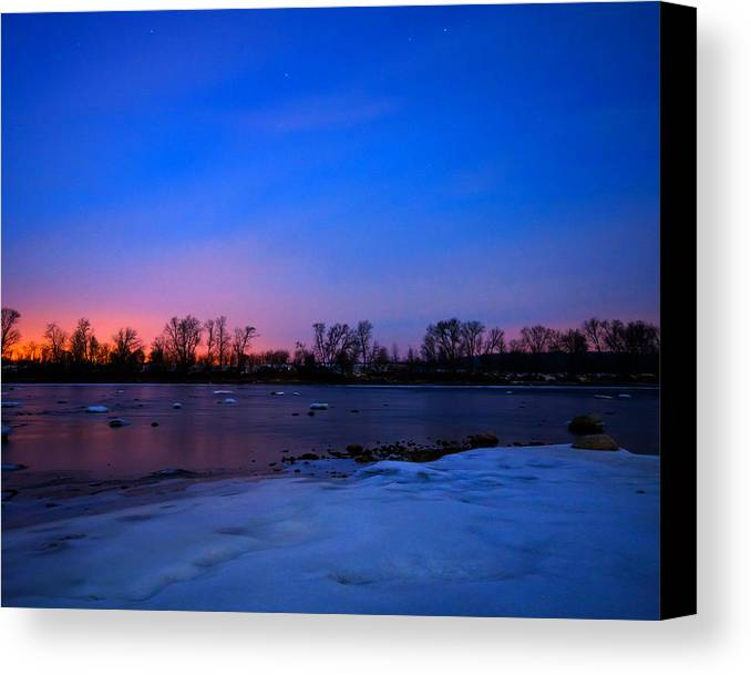 Des Moines Canvas Print featuring the photograph Frozen River by Jason Loving