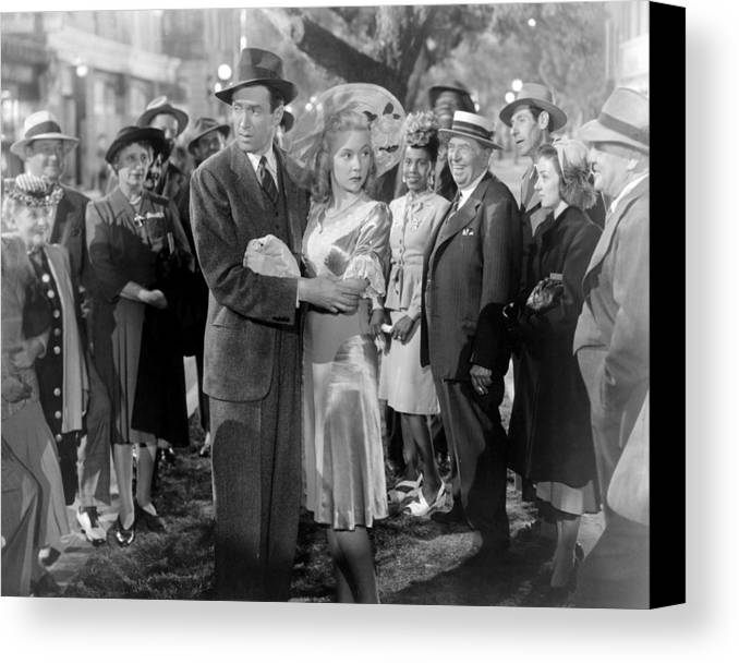 1940s Movies Canvas Print featuring the photograph Its A Wonderful Life, Center From Left by Everett