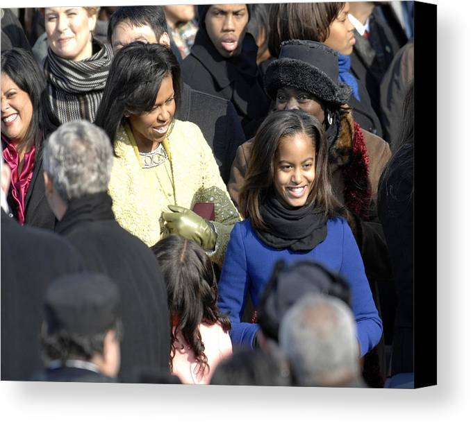 History Canvas Print featuring the photograph Michelle Obama And Daughters Malia by Everett