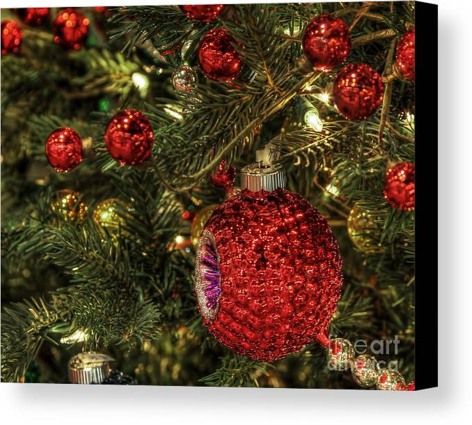 Christmas Canvas Print featuring the photograph Red On A Green Christmas Tree by Eddie McGee