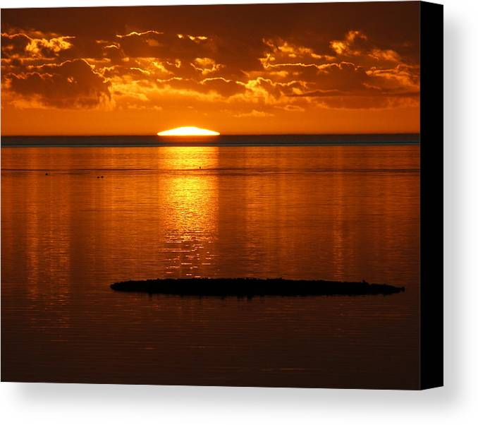 Sunset Canvas Print featuring the photograph Looking For The Green Flash by Debbie May