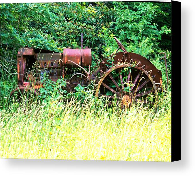 Tractor Canvas Print featuring the photograph Tractor by Robert Ponzoni