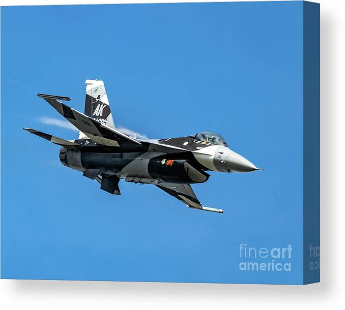 18th Aggressor Squadron Canvas Print featuring the photograph 18th Aggressor Sgn Viper Pulling Up Trailing Vapes by Joe Kunzler