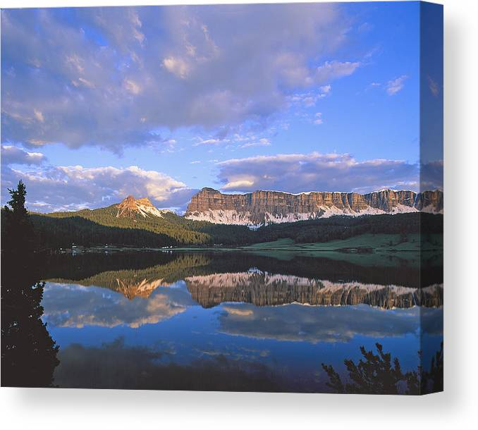 Wind River Canvas Print featuring the photograph In The Wind River Range. by Robert Ponzoni