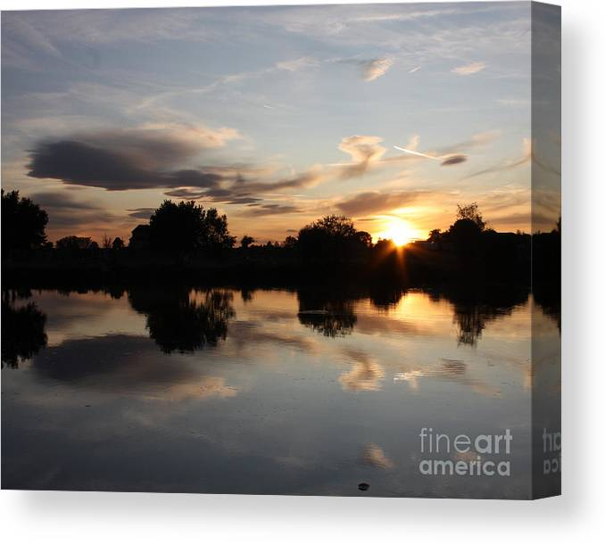 Sunset Canvas Print featuring the photograph September Sunset In Prosser by Carol Groenen