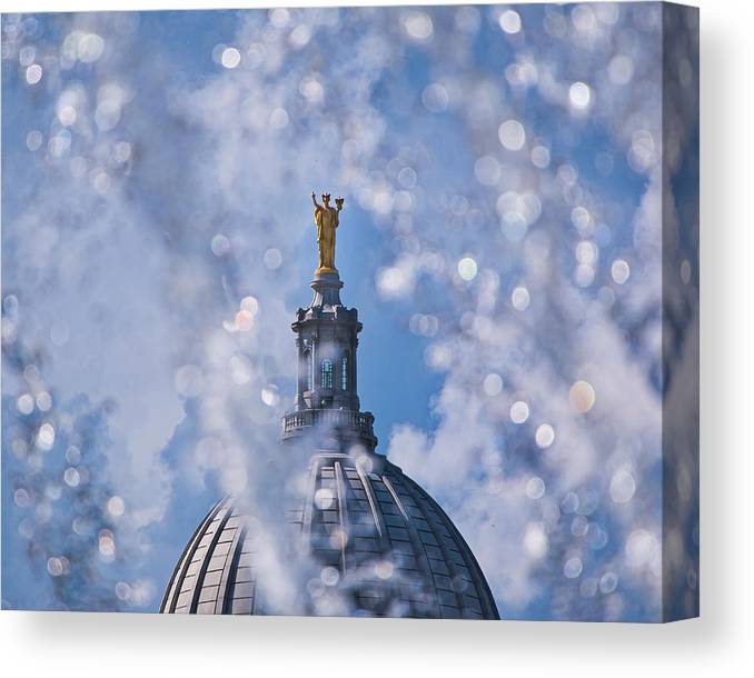 Madison Canvas Print featuring the photograph Wisconsin Capitol Through Fountain by Steven Ralser