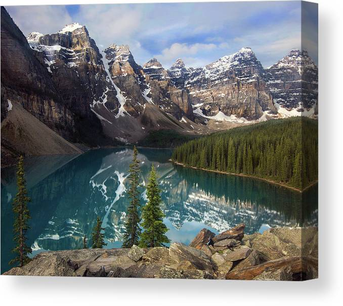 Lake Moraine Canvas Print featuring the photograph Morning At Moraine by Art Cole