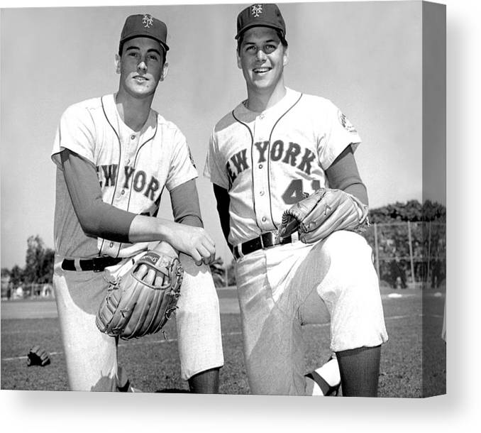 Tom Seaver Canvas Print featuring the photograph Tom Seaver And Nolan Ryan by New York Daily News Archive