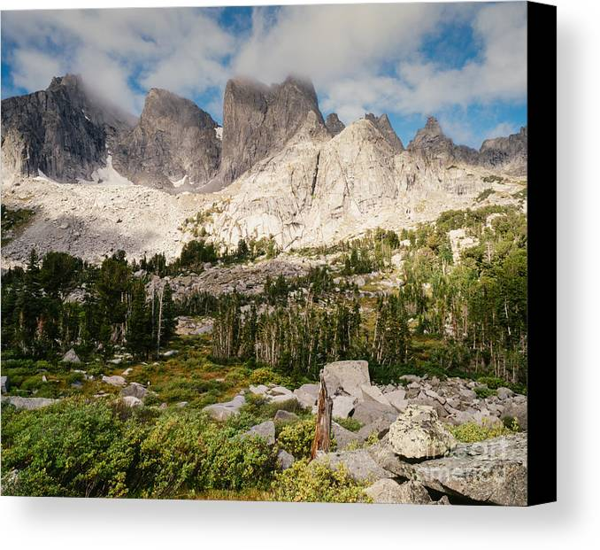 Continental Divide Canvas Print featuring the photograph Cirque Of The Towers by Tracy Knauer