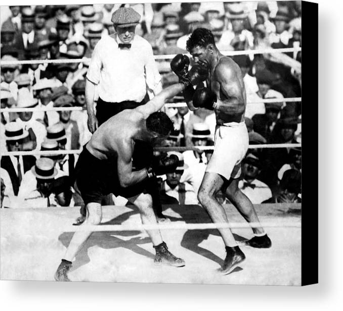 1920s Canvas Print featuring the photograph Jack Dempsey Fights Tommy Gibbons by Everett