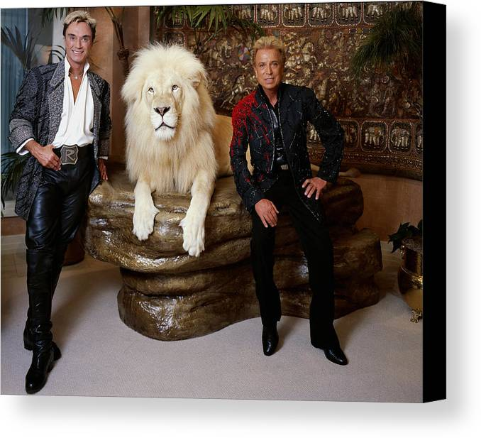 Siegfried And Roy Canvas Print featuring the photograph Siegfried And Roy by Mountain Dreams