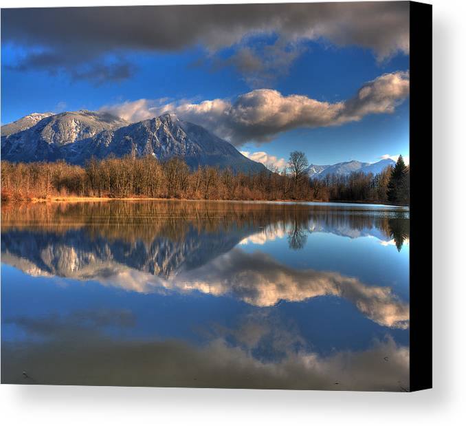 Mount Si Canvas Print featuring the photograph Mount Si Reflection by Scott Massey