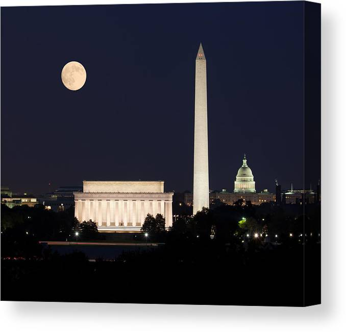 Moon Canvas Print featuring the photograph Moon Rising In Washington Dc by Steven Heap