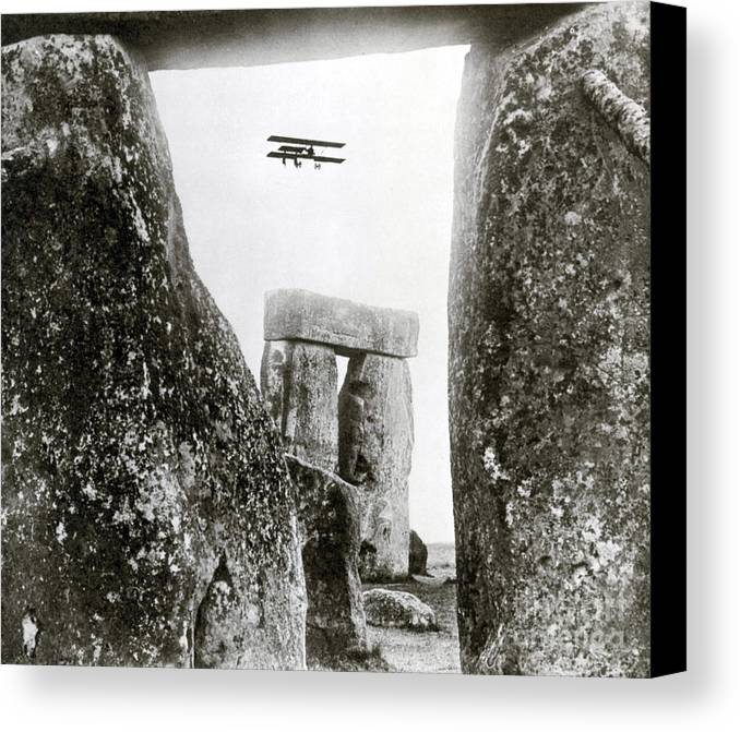 Archeology Canvas Print featuring the photograph Stonehenge 1914 by Science Source