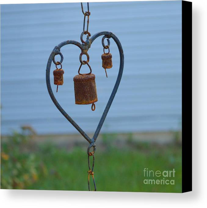 Heart Canvas Print featuring the photograph Rusty Heart 2 by Alys Caviness-Gober