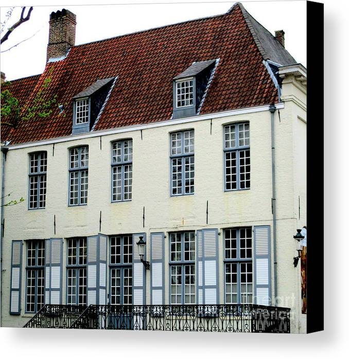 Bruges Canvas Print featuring the photograph Bruges 19 by Randall Weidner