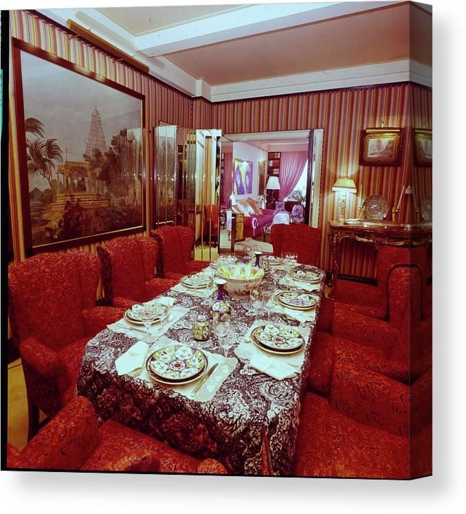 Diane Von Furstenberg\'s Dining Room Canvas Print