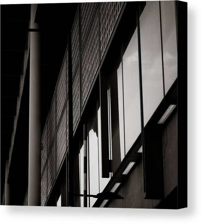 London Canvas Print featuring the photograph London Architecture by Charlie Moss