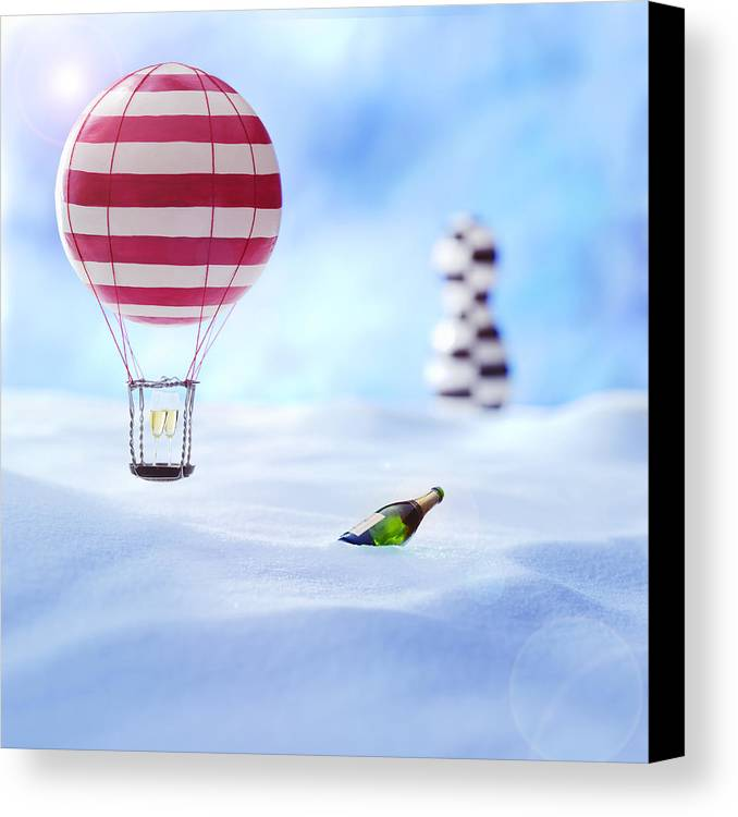 Air Baloon Canvas Print featuring the photograph Hot Air Balloon In The Snow by Han Van Vonno