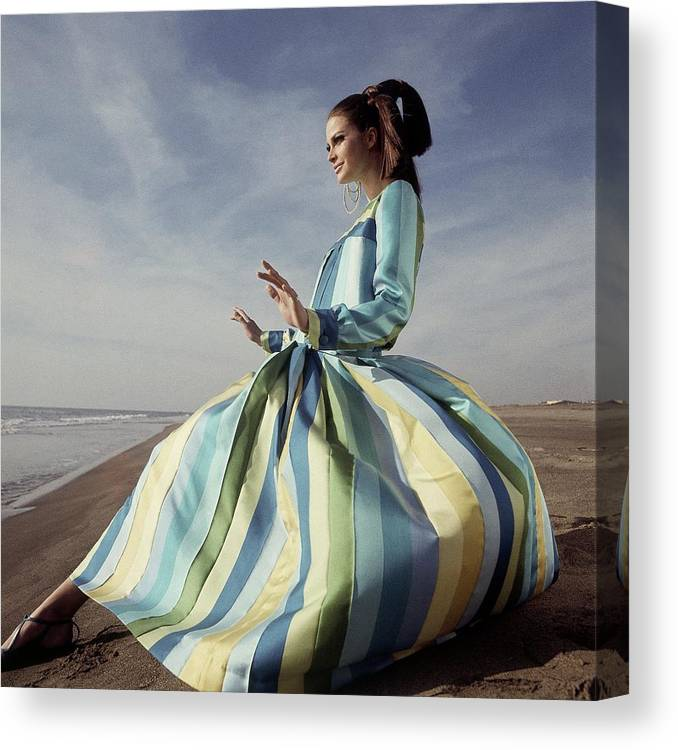Fashion Canvas Print featuring the photograph Editha Dussler Posing On A Beach by Henry Clarke