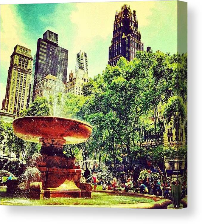 Nyc Canvas Print featuring the photograph Summer In Bryant Park by Luke Kingma