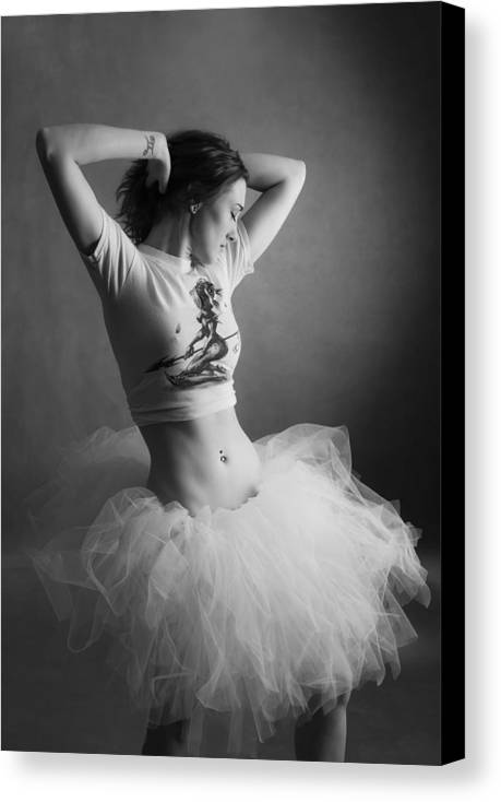 Woman Canvas Print featuring the photograph Tutu 41 by Studiodreas Photography