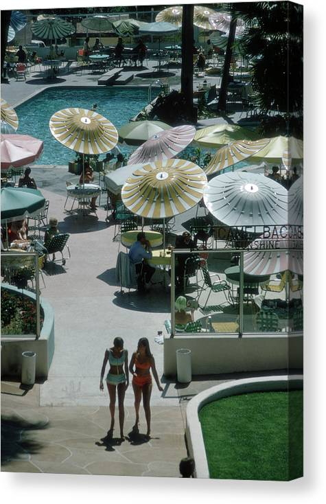 People Canvas Print featuring the photograph Camelback Inn by Slim Aarons
