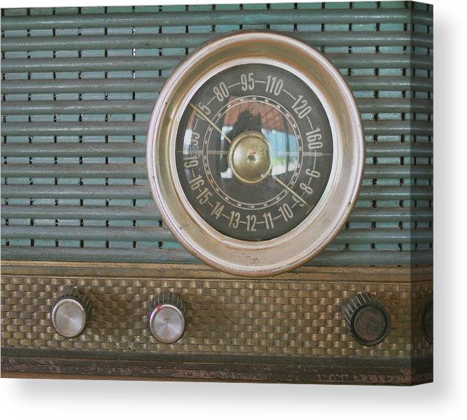 Music Canvas Print featuring the photograph Old Radio by Carmen Moreno Photography
