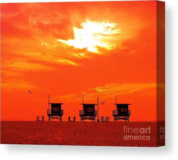 Venice Beach Canvas Print featuring the photograph Venice Beach by Jerome Stumphauzer