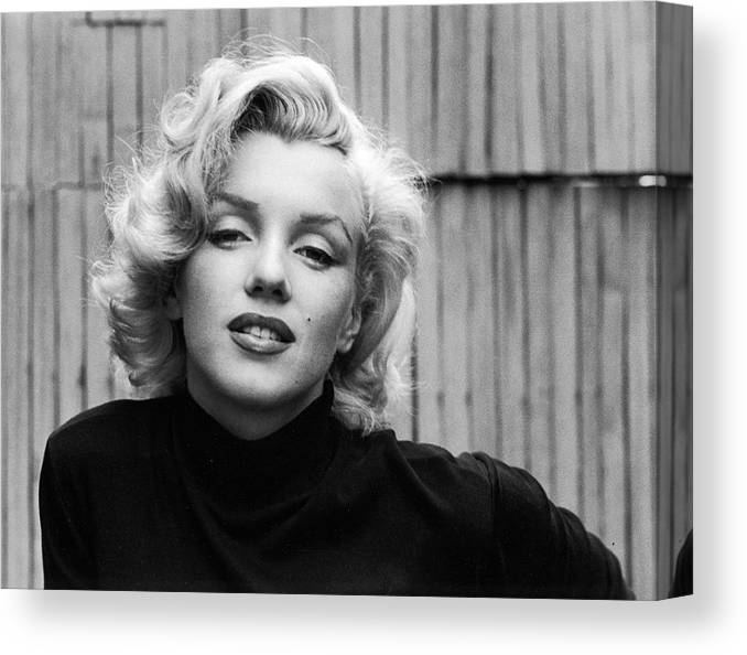 Marilyn Monroe Canvas Print featuring the photograph Actress Marilyn Monroe by Alfred Eisenstaedt