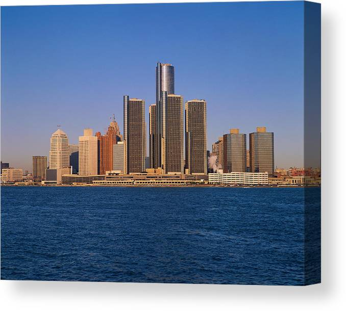 Detroit Canvas Print featuring the photograph Detroit Buildings On The Water by Visionsofamerica/joe Sohm