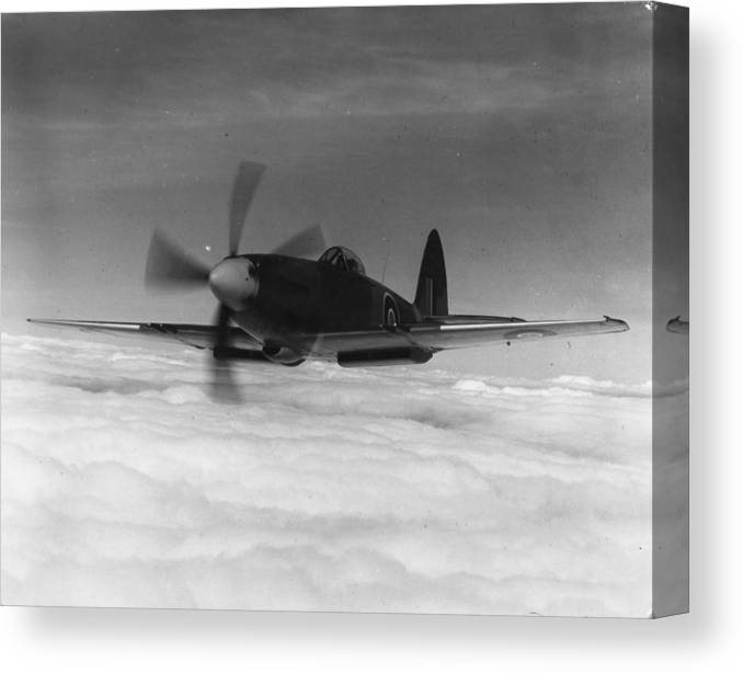 Military Airplane Canvas Print featuring the photograph Supermarine Spiteful by Keystone