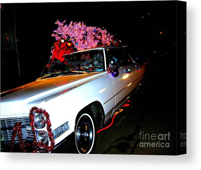 Christmas Canvas Print featuring the photograph Christmas in the City by Nancy Dole McGuigan