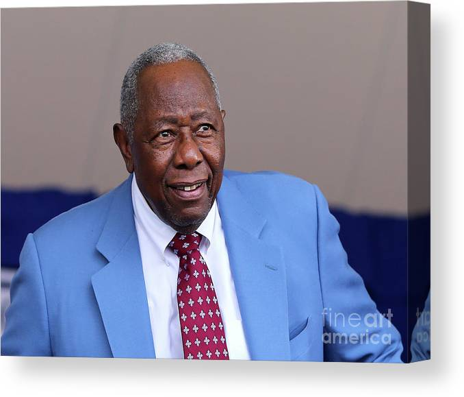 People Canvas Print featuring the photograph Hank Aaron by Elsa