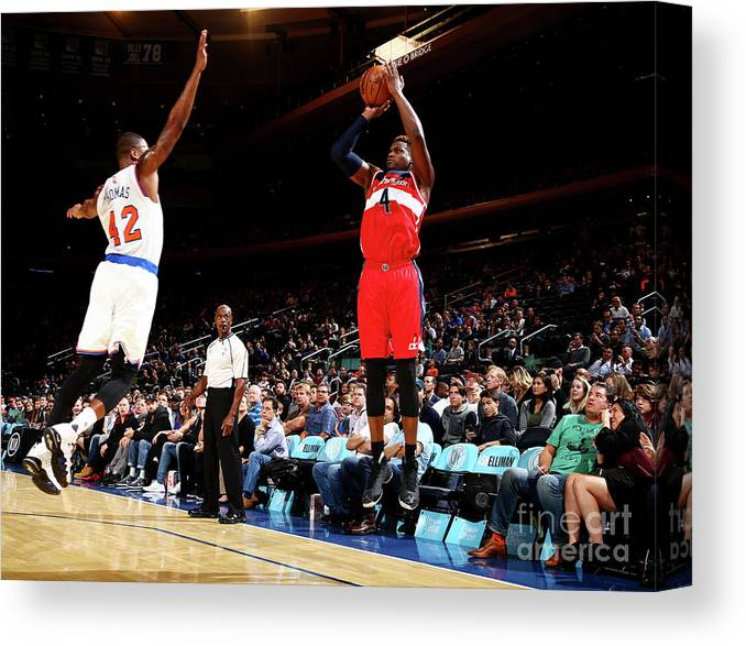 Nba Pro Basketball Canvas Print featuring the photograph Danuel House by Nathaniel S. Butler
