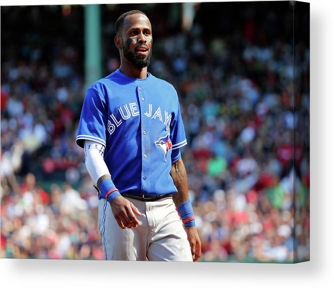 Three Quarter Length Canvas Print featuring the photograph Jose Reyes by Winslow Townson