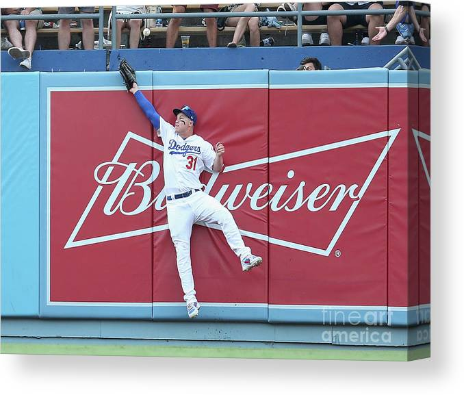 Salvador Perez Diaz Canvas Print featuring the photograph Salvador Perez by Stephen Dunn