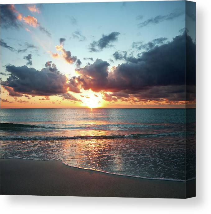Scenics Canvas Print featuring the photograph Sunrise In Miami by Tovfla