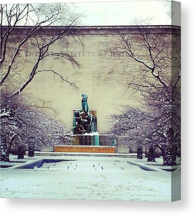 Great Lakes Canvas Print featuring the photograph Fountain of the Great Lakes by Jill Tuinier