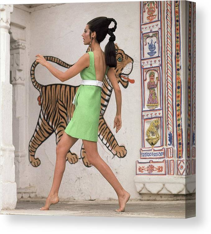 Fashion Canvas Print featuring the photograph Simone D'aillencourt Wearing A 1960s Style Dress by Henry Clarke