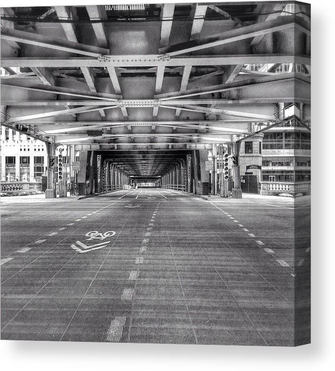 America Canvas Print featuring the photograph Chicago Wells Street Bridge Photo by Paul Velgos