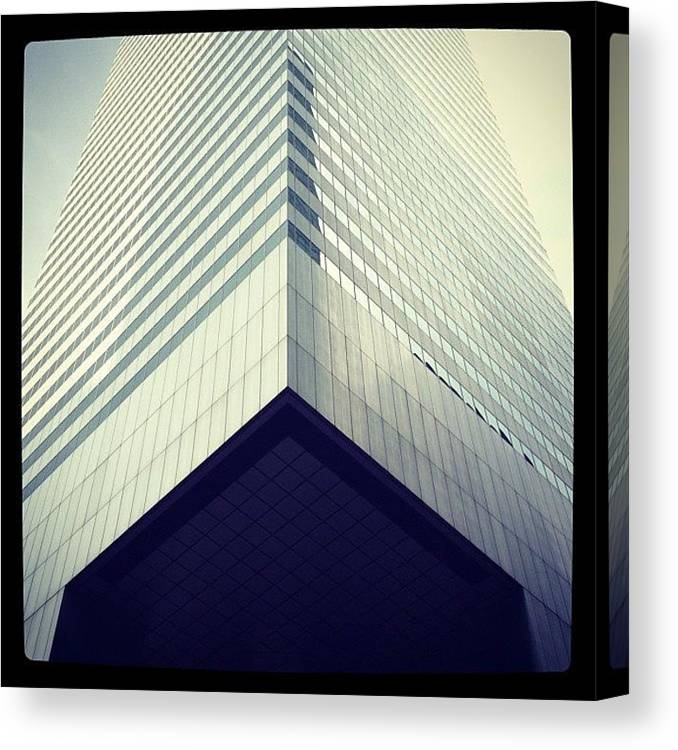 Summer Canvas Print featuring the photograph Citicorp by Randy Lemoine