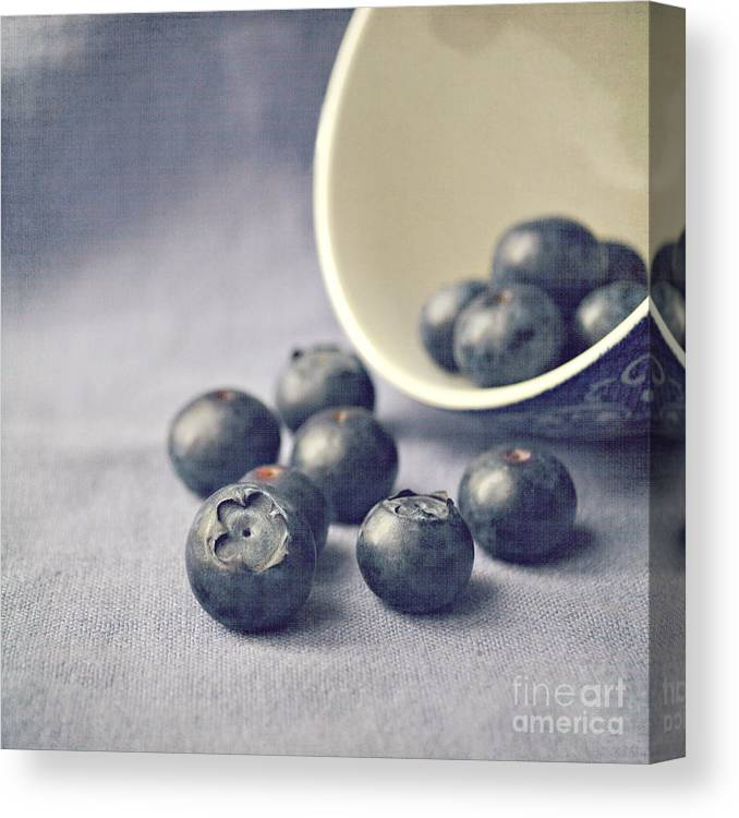 Blueberries Canvas Print featuring the photograph Bowl of Blueberries by Lyn Randle