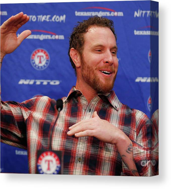 People Canvas Print featuring the photograph Texas Rangers Introduce Josh Hamilton by Tom Pennington