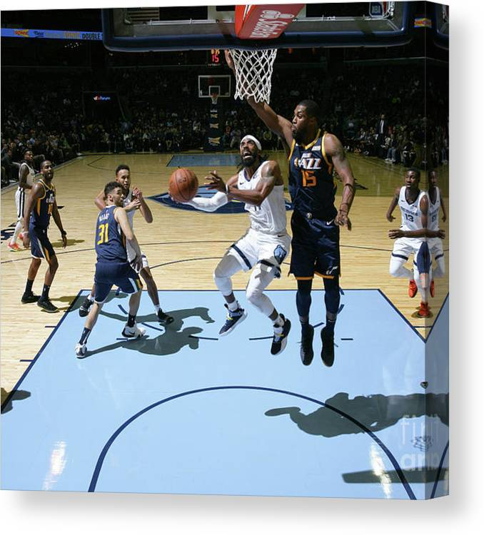 Nba Pro Basketball Canvas Print featuring the photograph Utah Jazz V Memphis Grizzlies by Joe Murphy