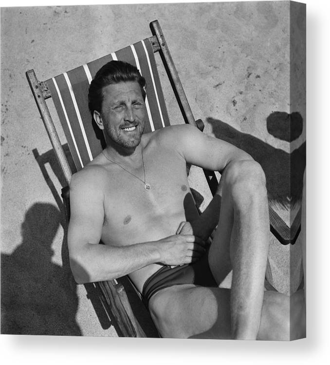 People Canvas Print featuring the photograph Kirk Douglas In 1950s by Reporters Associes