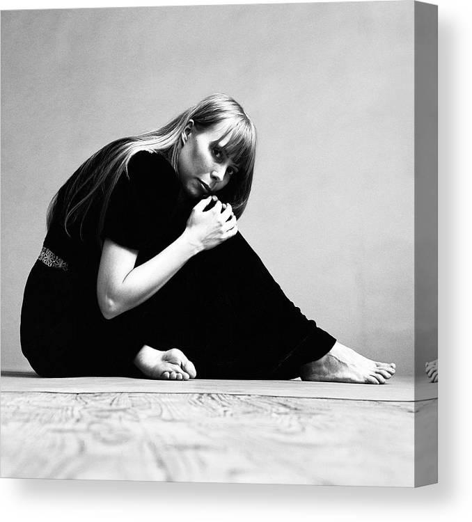 Singer Canvas Print featuring the photograph Portrait Of Joni Mitchell by Jack Robinson