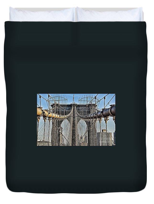 Brooklyn Bridge Duvet Cover featuring the photograph Brooklyn Bridge 3 by Steve Purnell