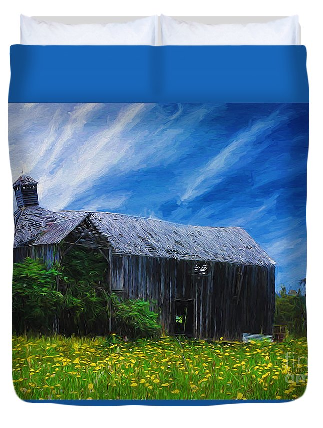 Abandoned Duvet Cover featuring the photograph Derelict barn by Sheila Smart Fine Art Photography